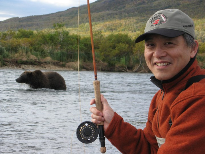 outdoor-channel-alaska-adventure-trip-winner-fishing-with-the-bears
