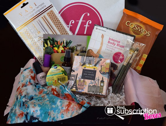 fabfitfun-spring-2015-vip-box-review-box-contents