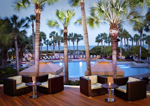 Here's your chance to take your mom on the ultimate getaway - a four-day, three-night stay at The Westin Hilton Head Island Resort & Spa, luxurious treatments at The Westin Heavenly Spa and three days of private poolside cabana access, warm weather and pristine beaches.