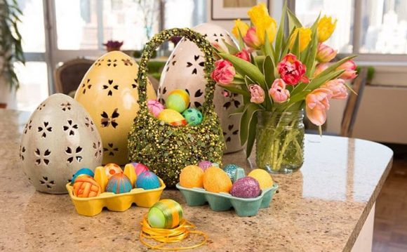 Follow the Incredible Egg on Instagram and share a photo of your decorated Eater Eggs for your chance to win an Easter Gift Set