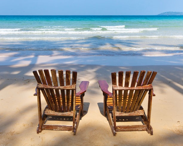 One lucky winner wins a trip for 2 to Grand Bahama Island in the Bahamas to be taken in 2018