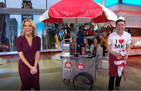 All of March Megyn Kelly's Big Applepalooza is sending studio audience members, and one online winner per day, home with great stuff. Because they're based in the city that never sleeps - New York City - they are giving away Big Apple-themed bounty.